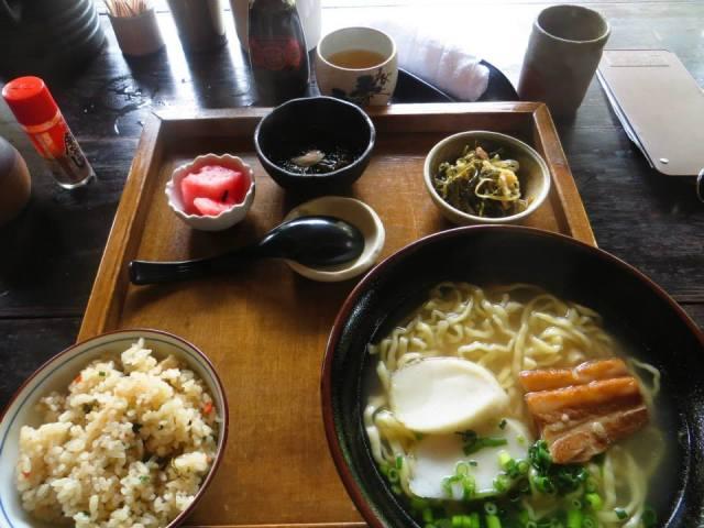 okinawa_lunch